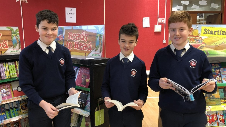 Book Fair Comes to School